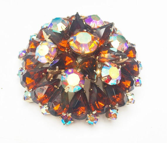 Atomic Rhinestone Brooch - Root Beer Brown Aurora Borealis Crystal - Gold plated Metal - Mid Century - Domed Pin