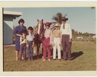 Vintage Snapshot Photo: Western Family (71544)