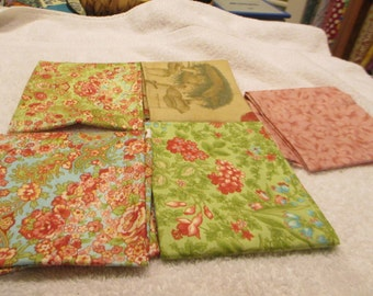 Fat Quarter Bundle with 5 FQs in florals, woodsy, and rose C5