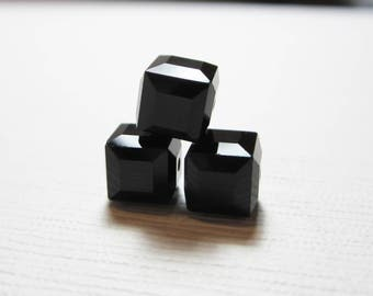 Swarovski Crystal 5601 Faceted Cube Bead 6mm Black - 3 BEADS