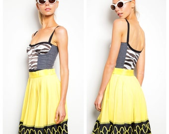 S.A.L.E was 325 now 250 awesome vintage 80s/90s GIANNI VERSACE COUTURE yellow silk border print pleated skirt