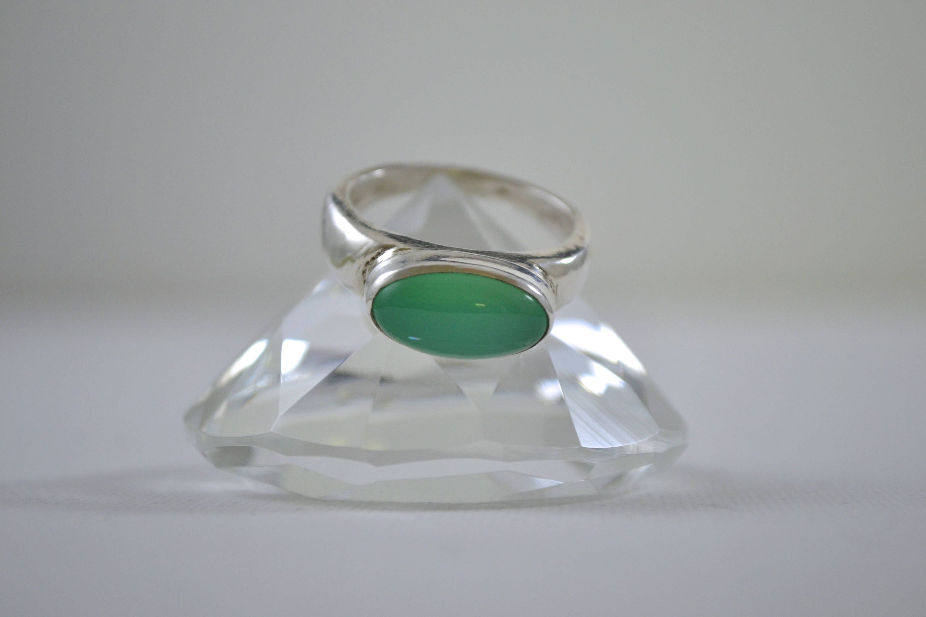 green ring gemstone thick silver ss sagitta shop rings