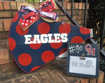 Oak mountain eagles megaphone door hanger