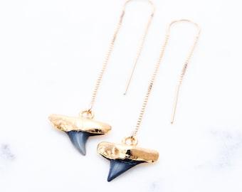 Mano-niho-kahi Black threader earrings - Gold Ear Thread Earrings, Ear Threader Earring, Shark Tooth Earring, Dangle Earring, Hawaii Jewelry