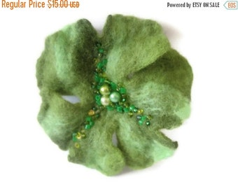 BLACK FRIDAY SALE Felt wool shamrock pin brooch green Easter St. Patrick's day emerald apple olive lime salad ready to ship seed bead embroi