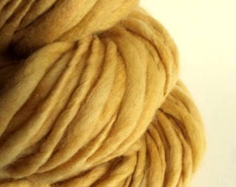 Thick and thin yarn,  golden yellow, knitting yarn, chunky merino knitting wool, big knitting wool