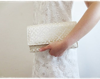Sale Cream Ivory clutch purse, evening purse, party purse, bridesmaids clutch wedding gift
