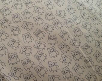 Cotton fabric OWL in beige, 50 cm