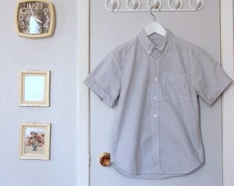 1990s light blue pinstripe short sleeve button up shirt