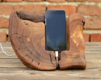 Mens Gift, Wood Docking Station, iPhone Charging Station, Samsung Galaxy S6 Dock, iPhone Dock, Wooden Stand, Birthday Gift, Driftwood Gift