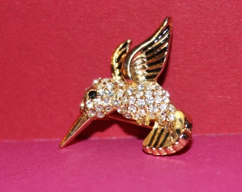 Vintage Hummingbird Gold tone  Brooch encrusted with rhinestones,