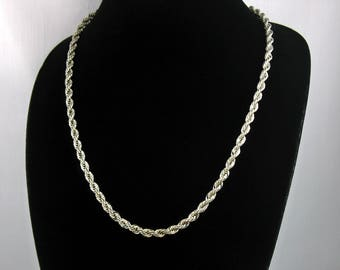 1985 Vintage AVON 'French Ropetwist' Silvertone Necklace w/ Original Box. 24 inches long. French Rope Chain Necklace. Vintage Avon Jewelry