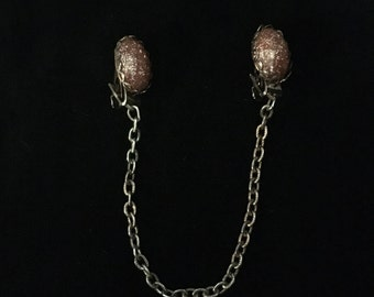 Vintage Handmade Goldstone with Chain Sweater Clip (JT6)