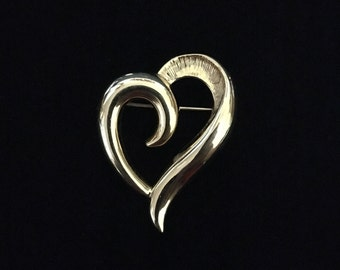 Vintage Napier Gold Tone Heart Brooch (Tier 2)