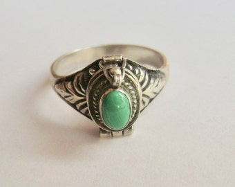 malachite and sterling poison ring, size 8