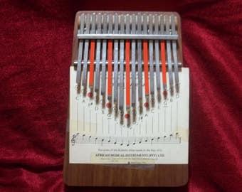 Vintage 1966 Hugh Tracey Kalimba African instrument