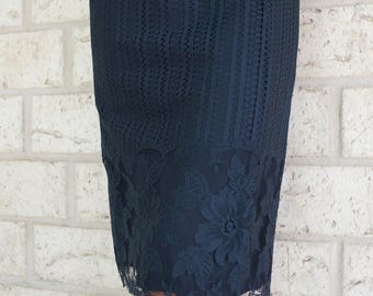 1960s Little Black Lace Wiggle Dress LBD Mad Men Party Frock Elegant Small