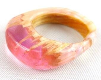 Ring, Finger ring, Finger jewellery, Resin