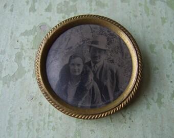 A Vintage Photo Brooch/Pin - Tintype Photograph - Glamorous Couple - Circa 1930's