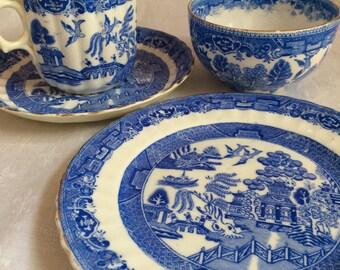 Mixed blue & white trio plus sugar bowl