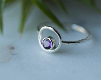 Sterling Silver Amethyst ring / February Birthstone ring / Amethyst circle ring / Women Ring