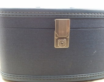 Travel Smart Train Case, Travel, 1950s vintage luggage