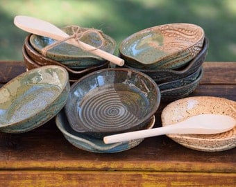 set of 8 stoneware spoon rests - slightly smaller than my others - please read description fully!