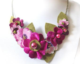 Large Pink Bib Necklace, Pink Pansy and Magenta Fabric Flower Statement Necklace, Beautiful Necklace, Cerise Floral Jewellery