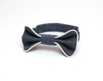 Denim boys bow tie with contrasting beige piping // Small size - Ready to ship