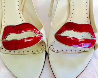 Super Rare YSL Yves Saint Laurent High Heel Cream color Shoe with Red Metal Lips  Leather (cuir) Size 36 European style Made in Italy Sale