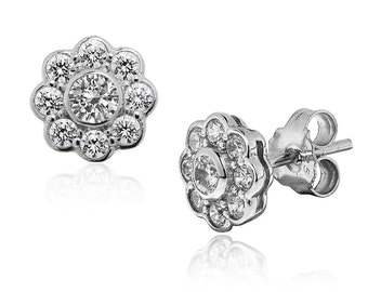 Silver CZ-Diamond Daisy earrings that really sparkle. Lovely quality.  Ref: AEE020