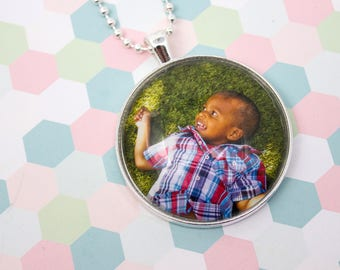 Custom Photo Necklace - Photo Jewelry - Large Silver Necklace - Personalized Photo Pendant - Picture Necklace - 38 mm Circle