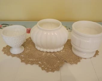 Vintage Milk Glass Bathroom Trio/Set of 3 Containers/Home and Living/Home Decor/Storage and Organization/Toothbrush/Q-Tips/Make-up Brushes