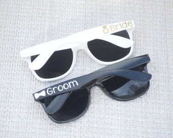 Wedding Sunglasses, Bride and Groom Sunglasses, Wedding Favors, Summer Wedding Gift, Honeymoon Gift, Mr and Mrs Sunglasses, Bachelorette