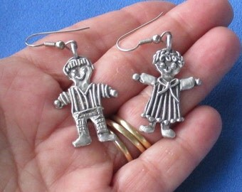 Retro Pewter Boy & Girl Dangling Pierced Earrings