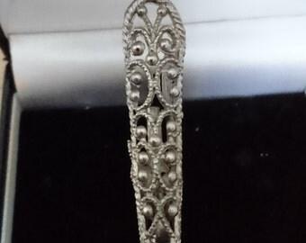 Vintage posy holder brooch