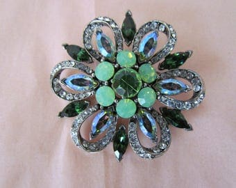 RARE Vintage Weiss Large Floral Shape Multi Color Greens Vaseline Greeen Clear Rhinestone Brooch Pin Signed