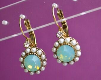 Earrings green crystal beads sleepers