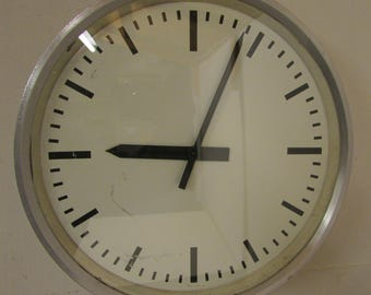 vintage 19360s1970s electric industrial wall clock
