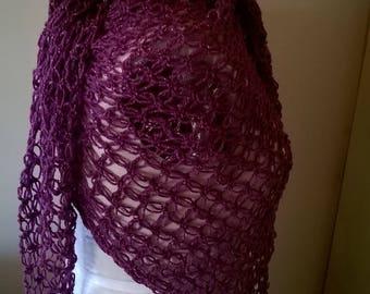 Crochet triangular shawl