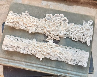 "Lace Wedding Garter Set, Bridal Garter Set, Lace Garters, Simple Garter, Toss Garter - Ivory Garters - Vintage Style Wedding - ""Everley"""