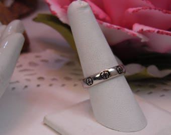 Vintage Sterling PEACE Ring