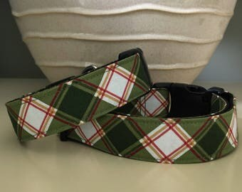 Dog Collar / Classic Green White Plaid w Red Gold Lines