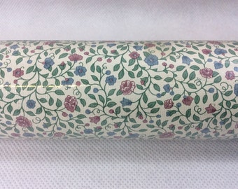 Vintage wallpaper full roll ditsy floral dolly mixture cottage blue rose cream shabby chic bedroom living room dollhouse dolls house 0100