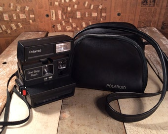 Polaroid One Step Flash (tested-works) with Polaroid bag!