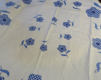Linen Tablecloth in White and Delft Blue  //  Willow Blue Tablecloth  //  Checked Flowers in Blue on White Linen  //  Blue & White Kitchen