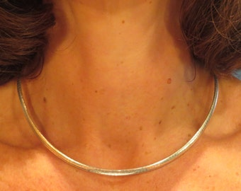 Nice vintage classic retro traditional 4mm wide 16 1/2 inch sterling silver snake chain necklace