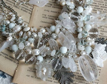 Large handmade necklace with quartz, white agate, jadeite, pearls and Bohemian glass