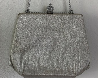 1960s Silver Lame Clutch Evening Handbag with Crown Closure Chain Strap Mod