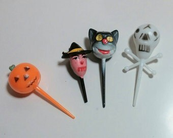 Retro Halloween cupcake toppers 4 Halloween party kitsch